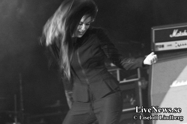 Amaranthe_Bandit_Rock_Awards_2014_01