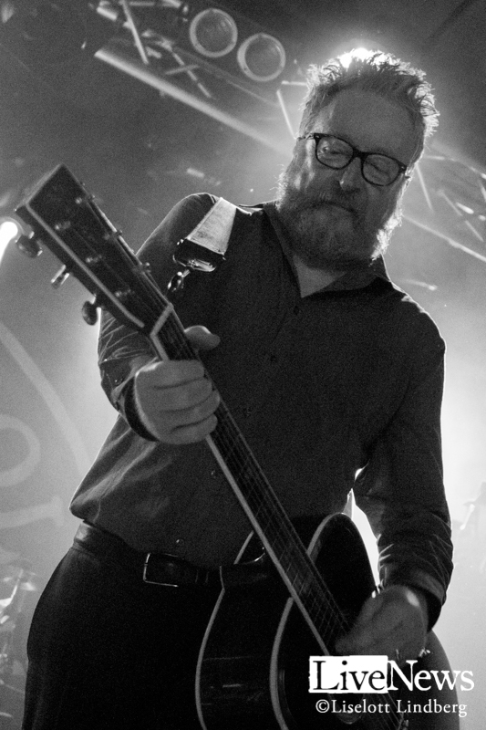 Flogging-Molly-Debaser-2019_08