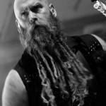 Five-finger-Death-Punch_Bandit_Rock_Awards_2014_04
