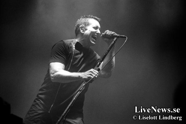 Nine_Inch_Nails_Hovet_2014_01
