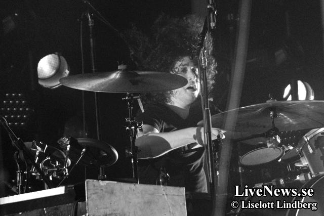 Nine_Inch_Nails_Hovet_2014_07